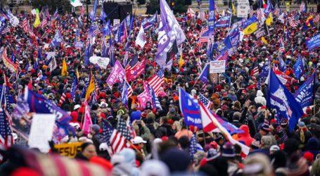 Xιλιάδες υποστηρικτές του Ντόναλντ Τραμπ συρρέουν στην Ουάσινγκτον