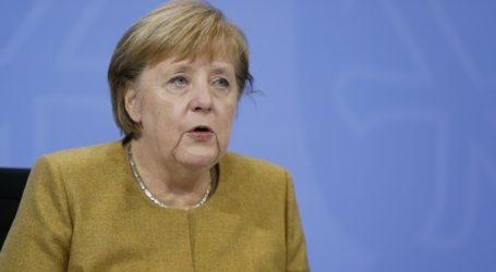 """Τη λύπη και τον θυμό της εξέφρασε η Μέρκελ για την εισβολή """"ταραξιών"""" στο Καπιτώλιο"""
