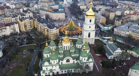 Η Ουκρανία κλείνει τα σχολεία και τα εστιατόρια καθώς τίθεται σε ισχύ νέο πανεθνικό lockdown