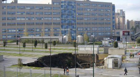 Υποχώρησε το έδαφος σε πάρκινγκ μπροστά από νοσοκομείο της Νάπολης