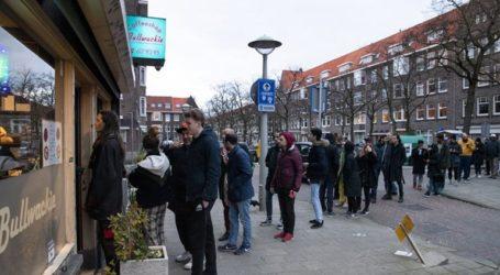 Το Άμστερνταμ σκοπεύει να απαγορεύσει τα coffeeshops στους τουρίστες