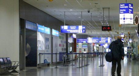 Μόνο οι ουσιώδεις μετακινήσεις εσωτερικού από τα ελληνικά αεροδρόμια
