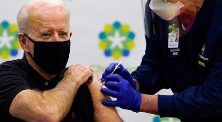 Ο Τζο Μπάιντεν έλαβε την δεύτερη δόση του εμβολίου για τον Covid-19