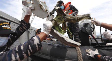 Βρέθηκε ένα από τα δύο μαύρα κουτιά του αεροσκάφους που συνετρίβη πριν τρεις μέρες στην Ινδονησία