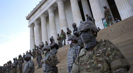 Ένοπλοι εθνοφρουροί αναπτύσσονται στην Ουάσινγκτον