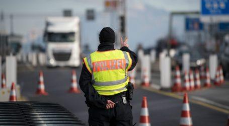 Η Αυστρία κλείνει 45 συνοριακές διαβάσεις προς τη Σλοβακία και την Τσεχία