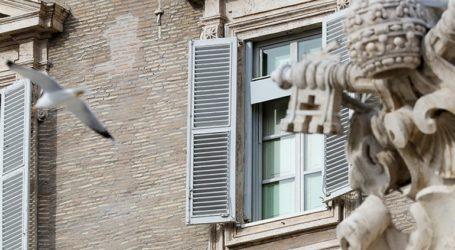"""""""Ο πάπας εμβολιάσθηκε κατά του κορωνοϊού"""", μεταδίδουν τα μέσα ενημέρωσης της Αργεντινής"""
