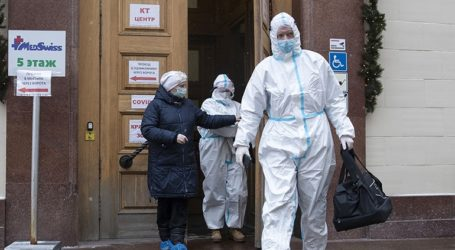 Η Ρωσία ξεπέρασε το φράγμα των 3,5 εκατ. κρουσμάτων κορωνοϊού