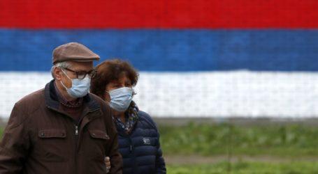 Έφτασαν στο Βελιγράδι ένα εκατ. δόσεις του κινεζικού εμβολίου