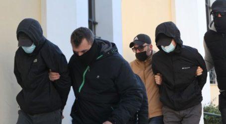 Ελεύθεροι οι δύο ανήλικοι που κατηγορούνται για τον ξυλοδαρμό του σταθμάρχη