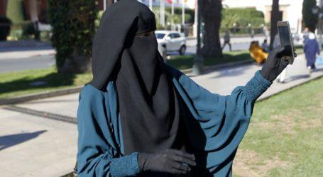 Η κυβέρνηση προτείνει να μην ψηφιστεί η απαγόρευση της μπούρκας λόγω τουρισμού