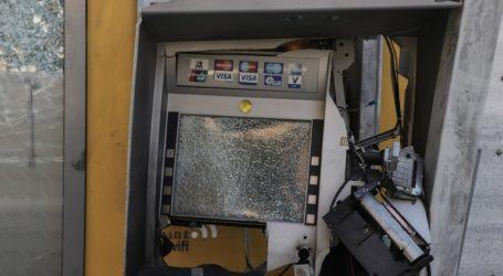 Ανατίναξαν τρία ΑΤΜ σε εμπορικό κέντρο στο Μαρούσι
