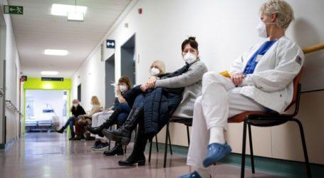 Περισσότεροι από χίλιοι νεκροί μέσα σε 24 ώρες, παρά την έναρξη του εμβολιασμού