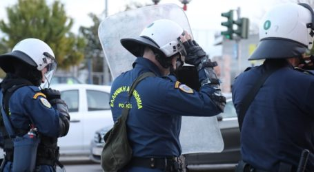 Στον εισαγγελέα Αθηνών αρχιφύλακας κατηγορούμενος για παράνομη βία σε βάρος πολίτη