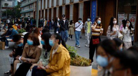 Μαζικά τεστ στο Πεκίνο καθώς τα κρούσματα κορωνοϊού ξεπέρασαν τα 100