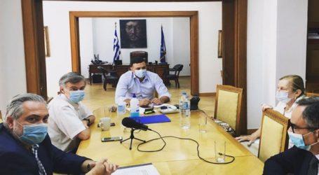 Έκτακτη σύσκεψη στο υπουργείο Υγείας για τη μετάλλαξη του κορωνοϊού