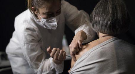 Μόλις 10 περιστατικά αναφυλαξίας σε 4 εκατ. δόσεις εμβολίου κατέγραψε η Moderna