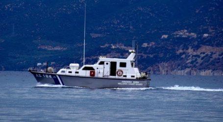 Συνελήφθη ο κυβερνήτης ιστιοφόρου που προσάραξε στην Τήνο