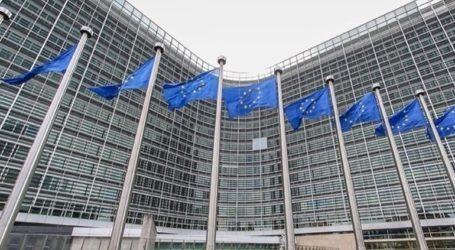 Η Ε.Ε. δεν θα περιορίσει τις εξαγωγές εμβολίων στη Βόρεια Ιρλανδία