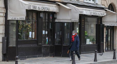 «Λουκέτο» σε 24 εστιατόρια στο Παρίσι που παραβίαζαν τα μέτρα για τον Covid