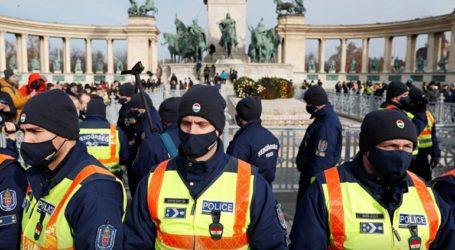 Διαδηλωτές κατά του lockdown βγήκαν στους δρόμους της πρωτεύουσας παρά την απαγόρευση