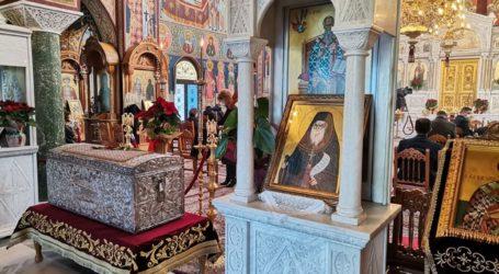 Δείτε φωτογραφίες: Πρωτοχρονιά στις εκκλησίες για τους Λαρισαίους με μέτρα και αποστάσεις ασφαλείας