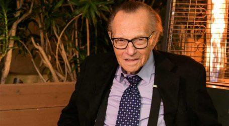 Νοσηλεύεται σε νοσοκομείο με κορωνοϊό ο 87χρονος Larry King