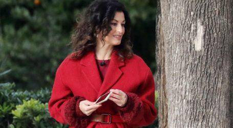 Το stylish παλτό της Δωροθέας Μερκούρη που θα σας κρατήσει ζεστές όλον τον χειμώνα