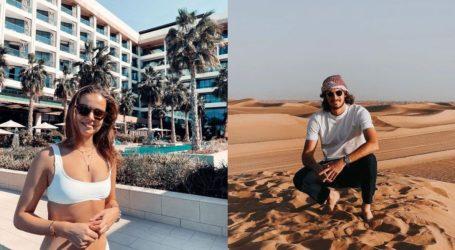 O Στέφανος Τσιτσιπάς φωτογραφίζει τη σύντροφό του στο Ντουμπάι