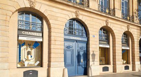Ανακαινίζεται η ιστορική μπουτίκ του οίκου Chanel στην πλατεία Vendôme του Παρισιού