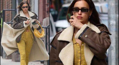 Irina Shayk: Με νέο stylish outfit στους δρόμους της Νέας Υόρκης