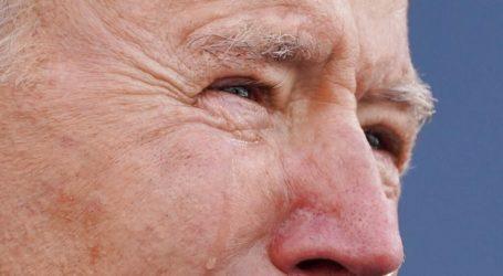 Με δάκρυα στα μάτια, ο Τζο Μπάιντεν αναχώρησε για την Ουάσινγκτον