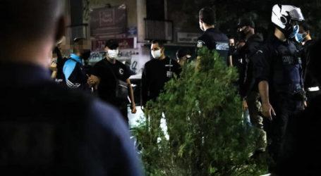 Αιφνιδιαστική έφοδος της αστυνομίας και σωρεία συλλήψεων σε καφενείο της Ελασσόνας