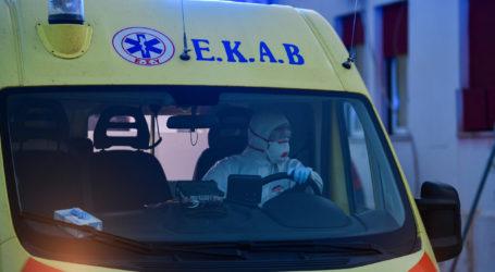 ΤΩΡΑ: Δύο ακόμα ηλικιωμένες από το Γηροκομείο Καναλίων στο Νοσοκομείο Βόλου