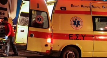 Λάρισα: Σοβαρό τροχαίο με εγκλωβισμό – Αυτοκίνητο προσέκρουσε σε τοίχο ξημερώματα Πρωτοχρονιάς – Τραυματίστηκαν δύο νεαρά άτομα