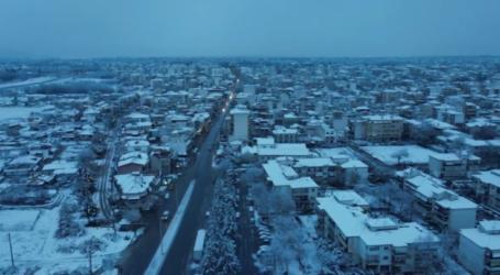 Όνειρο η χιονισμένη Λάρισα από ψηλά – Δείτε το βίντεο