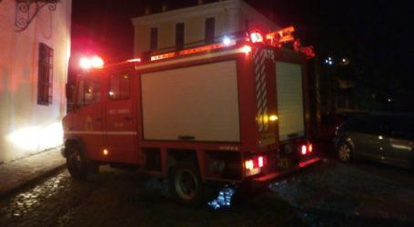 Λεχώνια: Στις φλόγες τυλίχθηκε αποθήκη