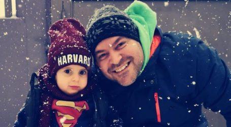 Παναγιώτης – Ραφαήλ: Στέκεται στα πόδια του και χαίρεται το χιόνι [εικόνες]