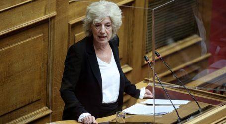 Η κ. Μενδώνη δεν είπε τίποτα για τις καταγγελίες σπουδαστών του Εθνικού Θεάτρου