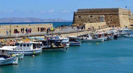 SOS εκπέμπουν οι εργαζόμενοι του τουρισμού σε Κρήτη και Ρόδο