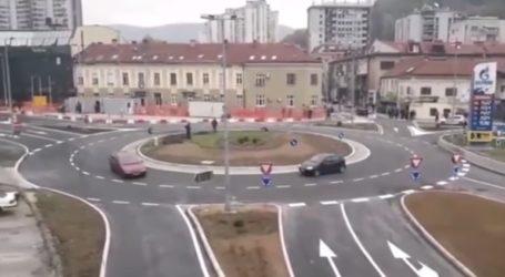 Δύο στους τρεις οδηγούς δεν ξέρουν να οδηγούν σωστά σε κυκλικό κόμβο