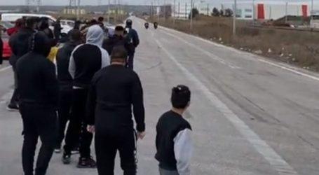 Αγώνες drift και επικίνδυνες κόντρες με εκατοντάδες θεατές στη Θεσσαλονίκη