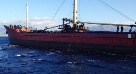 Στο λιμάνι του Γυθείου το φορτηγό πλοίο που είχε μείνει ακυβέρνητο
