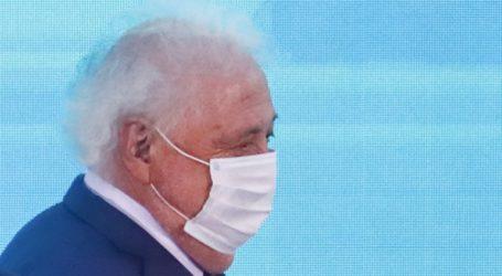 Παραιτήθηκε ο υπουργός Υγείας μετά τις αποκαλύψεις