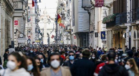 Πολυκοσμία σε κεντρικές περιοχές των ιταλικών πόλεων