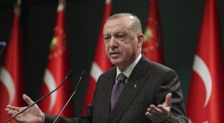 """Ο Ερντογάν υποστηρίζει μια σχέση """"win-win"""" με τις ΗΠΑ"""