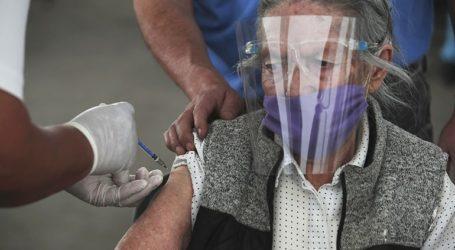 Οι Σουηδοί που ζουν σε οίκους ευγηρίας και έχουν εμβολιαστεί μπορούν να βλέπουν τις οικογένειές τους