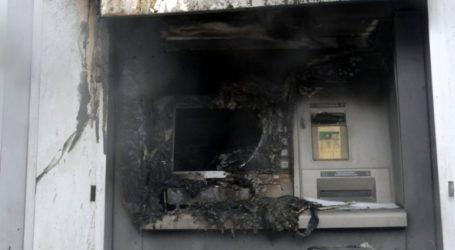 Εμπρηστική επίθεση σε ΑΤΜ τράπεζας στο Παγκράτι