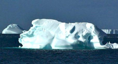 Τεράστιο παγόβουνο αποσπάστηκε από την Ανταρκτική