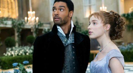Regé -Jean Page: Σχολιάζει τις ερωτικές σκηνές στο Bridgerton και την επιτυχία της σειράς